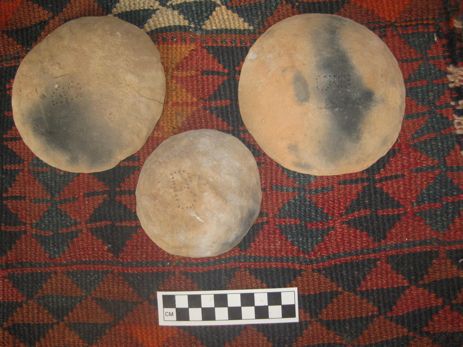 Experimental Bonfirings of Pottery with Camel Dung Fuel, Jordan